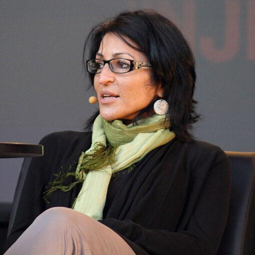 سوزان ابوالهوی نویسنده کتاب زخم داوود
